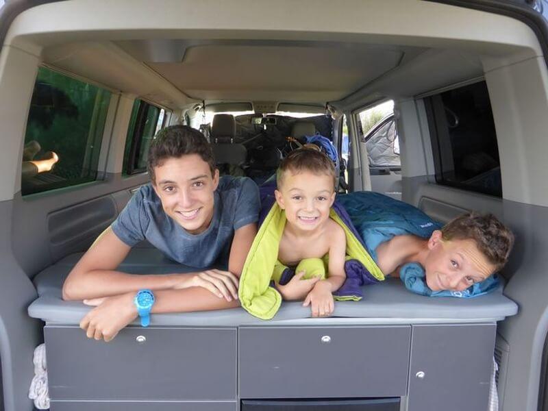 Voyager Van Camping Car Enfants