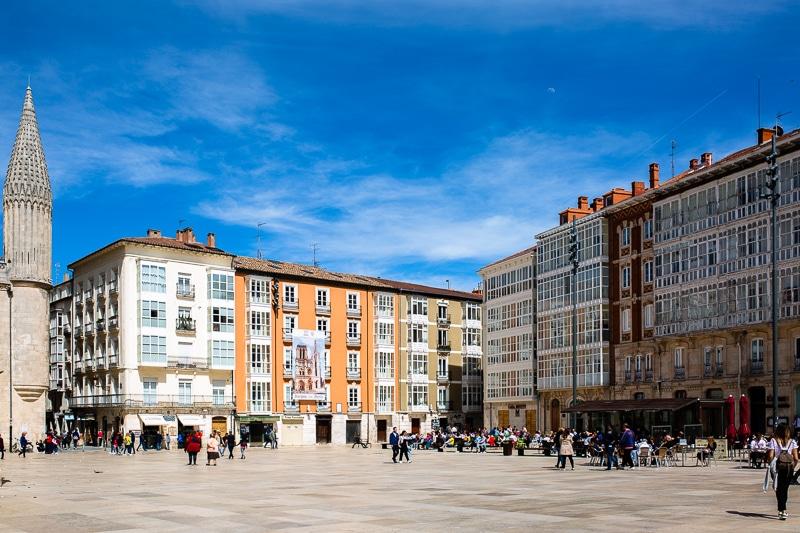 Burgos En Van Aménagé Van Away Toulouse