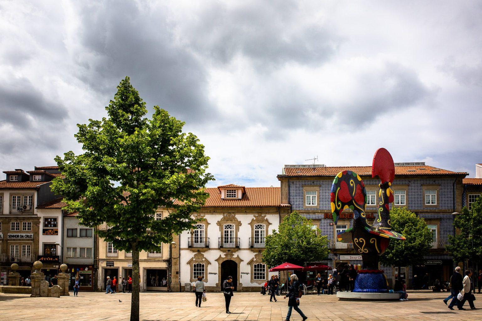 Circuit Au Nord Du Portugal En Van Aménagé Barcelos Et Le Fameux Coq