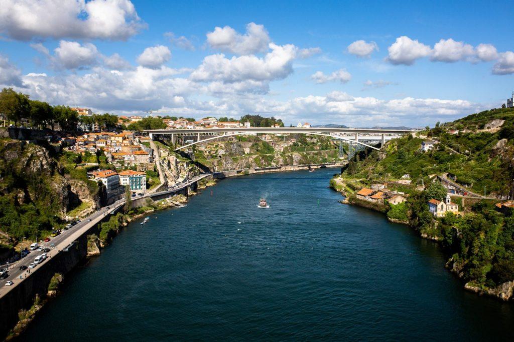 Circuit Au Nord Du Portugal En Van Aménagé Porto Et Sa Vieille Ville