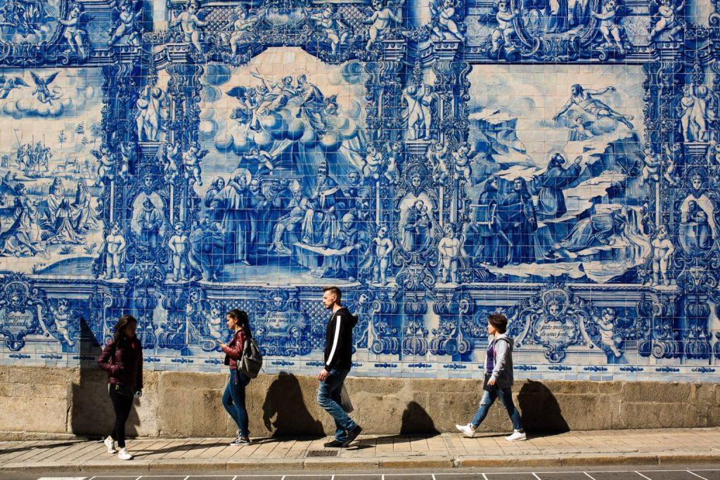 Porto Au Nord Du Portugal En Van Aménagé Van Away Et Ses Azuleros 1