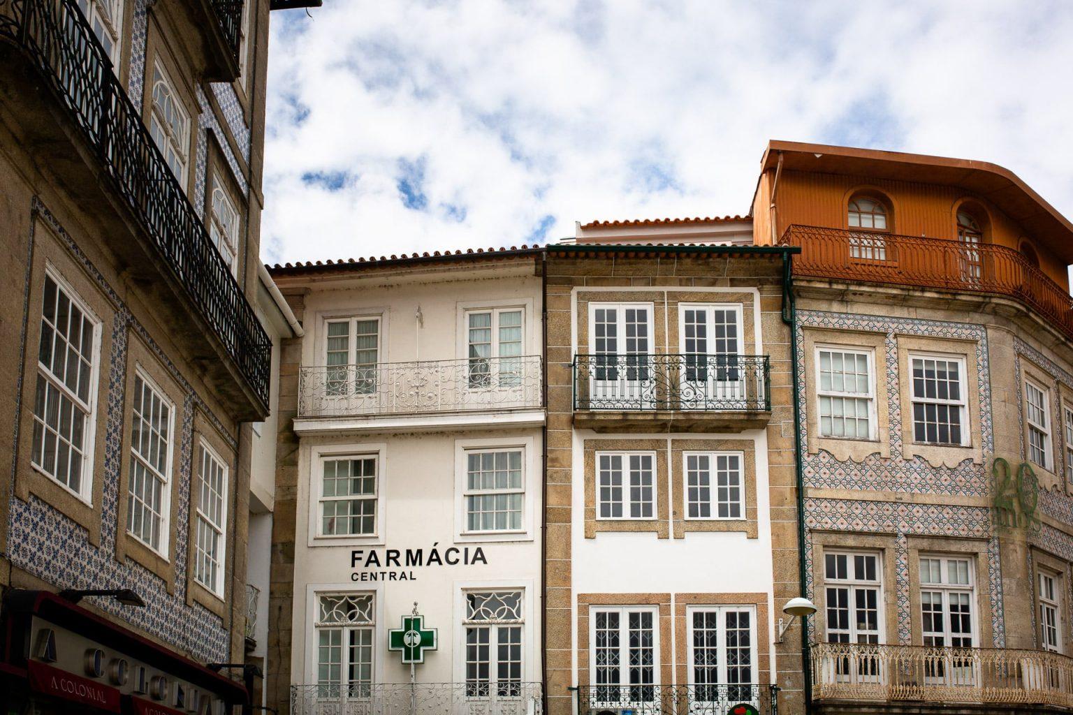 Road Trip Au Nord Du Portugal En Van Aménagé Barcelos Et Le Fameux Coq