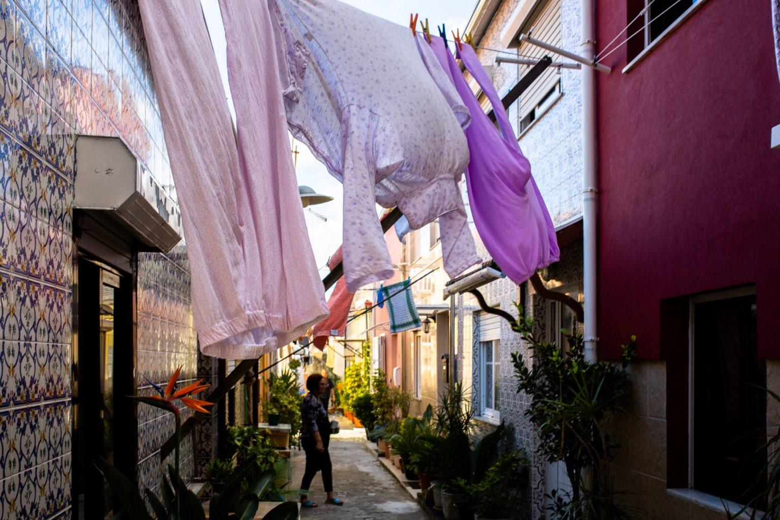 Roadtrip Porto Au Nord Du Portugal En Van Aménagé Et Le Quartier Rdes Ouvriers