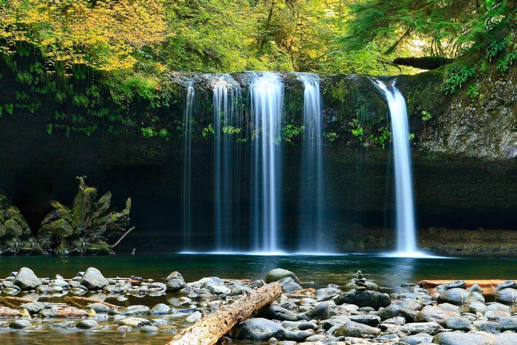 Waterfall 802003 1920