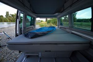 ibiza 090_Location_camper_van_amenage_banquette_lit