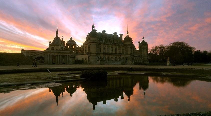 Paris Beauvais Van Away Agentur