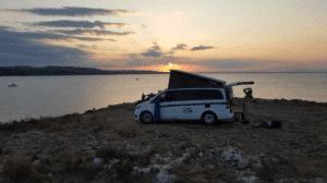 Nuit En Van à Punta Tonnara