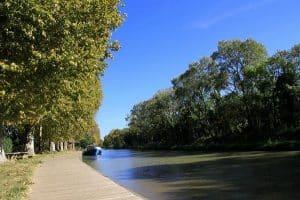 Canal Du Midi En Van Amenage Van Away Circuit Pays Cathare