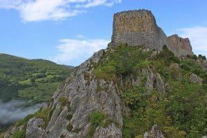 Chateau Montsegur En Pays Cathares En Van