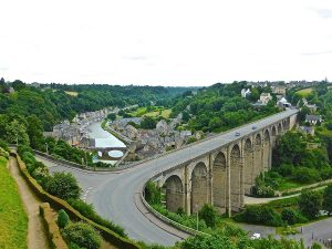 Morlaix En Van Amenage Circuit Nord Bretagne Van Away Nantes Guerande