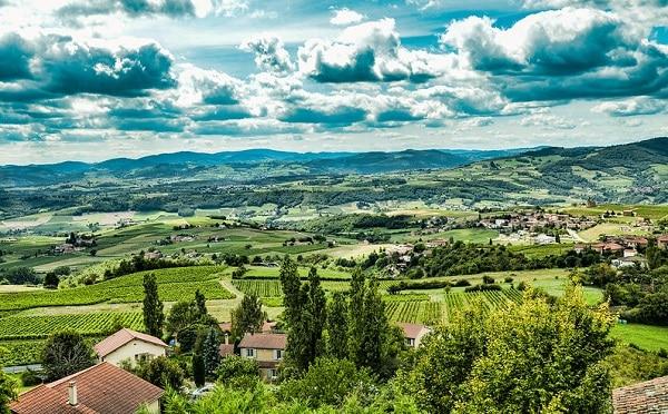 Vignette We Dans Le Beaujolais En Fourgon Amenage Van Away Lyon Rhone Alpes