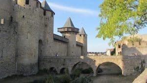 Cité De Carcassonne Séjour Itinérant Van Away Toulouse