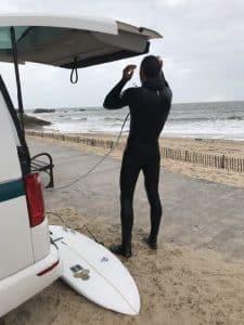 Surf Sur La Plage De La Govelle En Van Aménagé Road Trip Van Away Bretagne