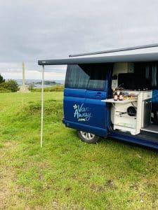 Campement Van Away à Ploubazlanec