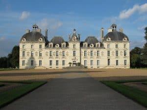 Château De Cheverny Visite En Fourgon Aménagé Circuit Des Châteaux De La Loire