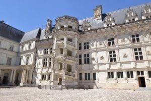 Château De Blois Circuit Roadtrip En Van Aménagé Van Away
