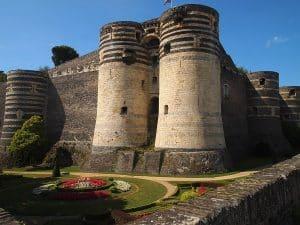 Chateau Angers A Velo Et Van Ou Fourgon Amenage