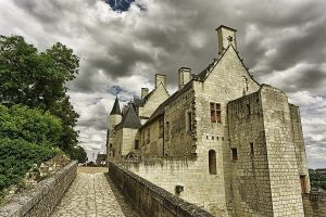 Chateau Chinon En Fourgon Amenage Circuit Dans Le Morvan Van Away