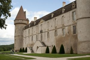 Chateau De Bazoches En Van Ou Fourgon Amenage
