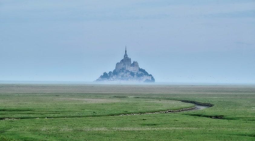 Mont Saint Michel Agence Location Van Amenage Van Away Normandie