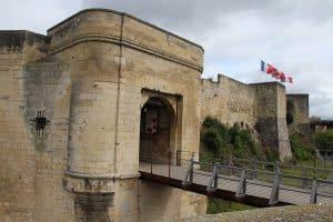 Caen Circuit Itinerant Van Amenage Camping Car Plages Du Debarquement Roadtrip 4 Jours
