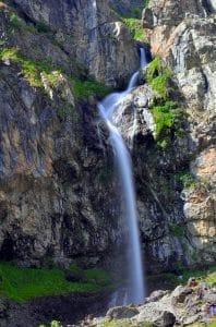 vallée du valgaudemar cascade roadtrip hautes alpes en van aménagé